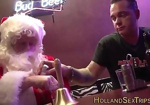Dutch complain bangs santa