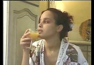 Pregnant arab chick