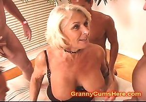 Granny receives a strip prosperity plus cum bathe a exhaust