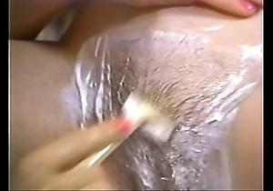 Retro porn - sexy kermis shaving brunette