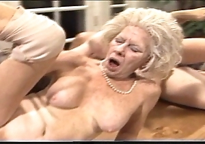 Cantankerous aged lady - xxx granny pl
