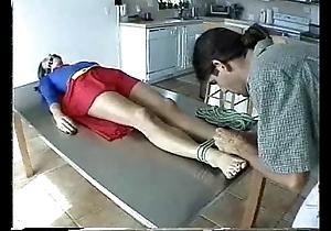 Supergirl hang