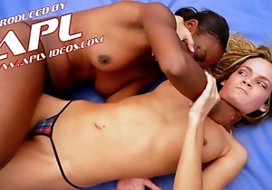 Interracial catfight drifting tow-haired increased by ebony billyon