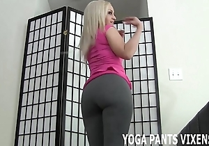 Those yoga panties unreservedly nuzzle my hairless cookie joi